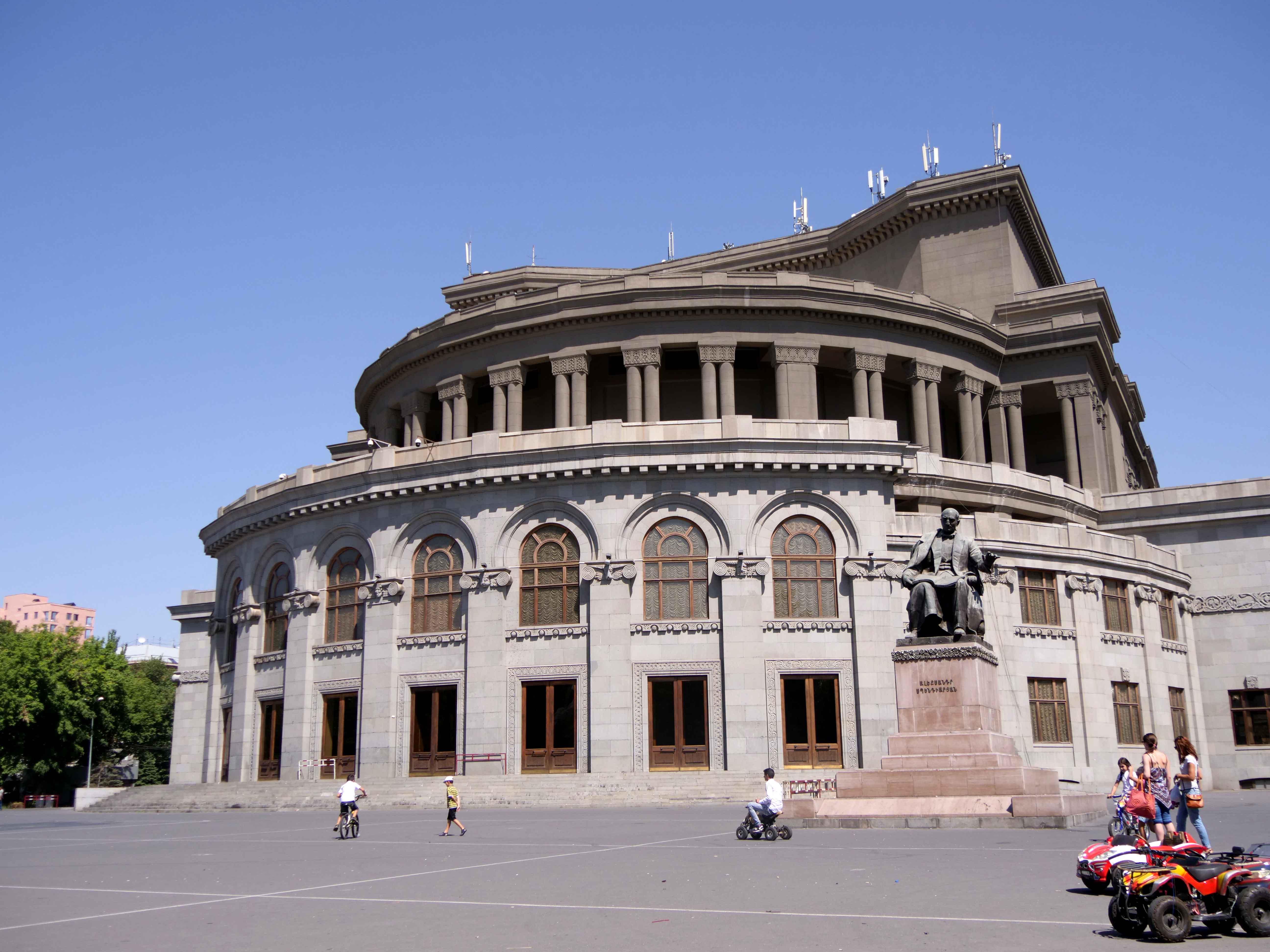 « Mon grand-père à moi, il venait d'Istanbul », rencontre avec les Arméniens de Nice